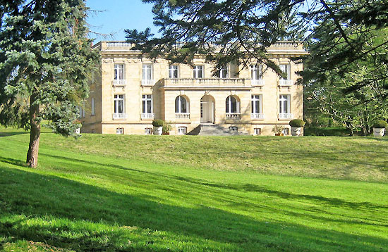 Neo-Classical Château in the Allier