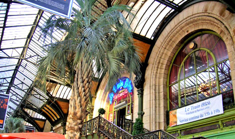 Le Train Bleu, Gare de Lyon. Copyright Cold Spring Press 2006-present.  All rights reserved.