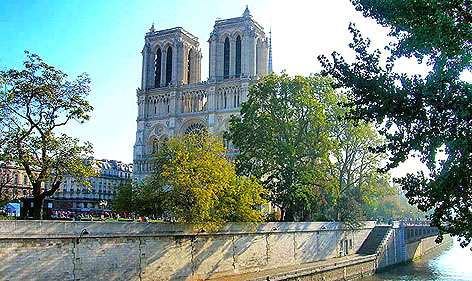 Cathédrale de Notre Dame de Paris.  Copyright  Cold Spring Press 2007-present.  All rights reserved.