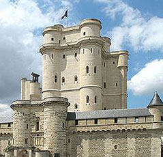 Ch�teau de Vincennes.  Photo credit: http://fr.wikipedia.org